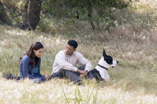 Will Smith and Rosario Dawson